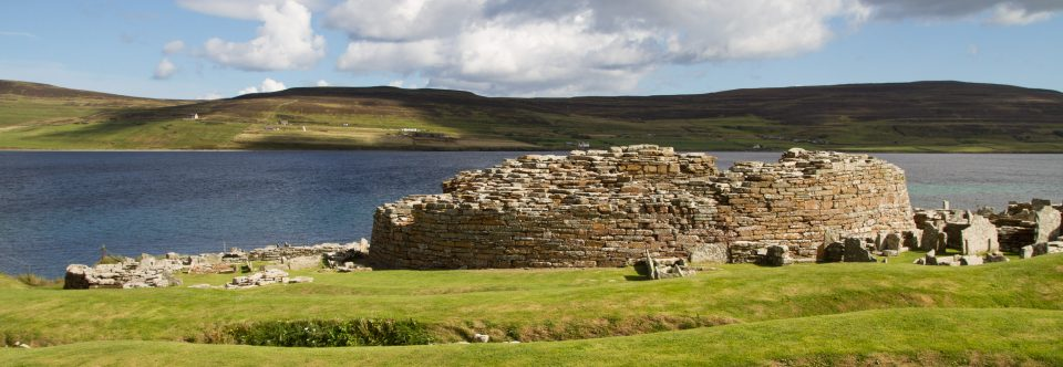 Tag 10 | Orkney Inseln – Skara Brae, Broch of Gurness, Brough of Birsay und Highland Distillery